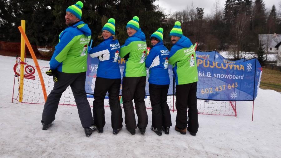 Tým lyžařské školy Nella